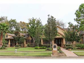 2711 Green Tee Drive, Pearland, TX 77581