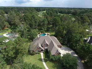 Stunning Views of Course PLUS pool,spa, fire pit and outdoor kitchen for your enjoyment and outdoor entertaining!