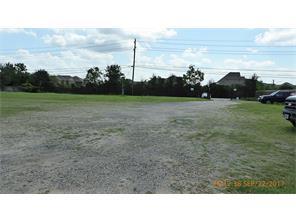 4911 greenhouse, houston, TX 77084
