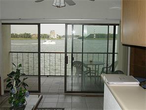 401 Lakeside, Nassau Bay, TX, 77058