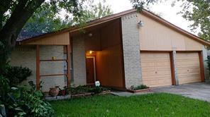 15926 blueridge, missouri city, TX 77489