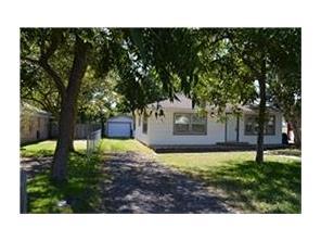 1015 10th street, hempstead, TX 77445
