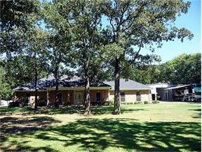 1277 meadow way, terrell, TX 75160