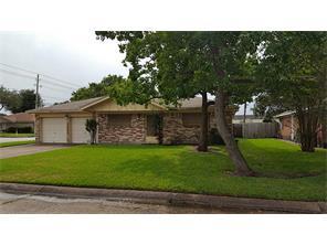 2501 sunnycrest drive, texas city, TX 77590