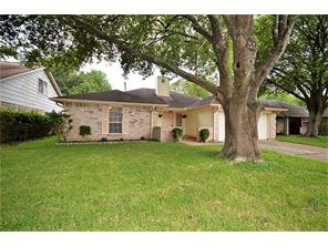 Houston Home at 15802 Castorglen Drive Webster , TX , 77598-2537 For Sale
