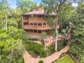 2002 n arrowwood circle, piney point village, TX 77063