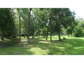 13824 Cedar Lane, Old River-Winfree, TX 77523