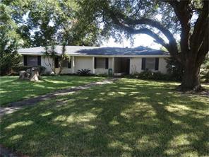 4300 Dogwood, Groves, TX, 77619