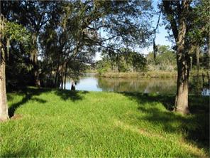 2001 oleander dr, dickinson, TX 77539