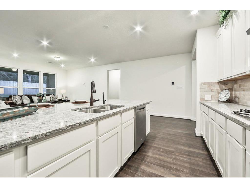 3965 Eagle Nest Lane, Magnolia, TX, 77354   Greenwood King Properties
