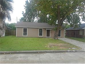 3014 earl street, pasadena, TX 77503