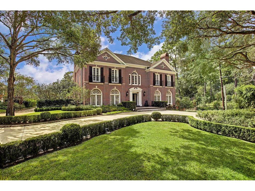 Feast your eyes on this River Oaks classic beauty.  Lucian Hood designed estate home with the original plans available to review