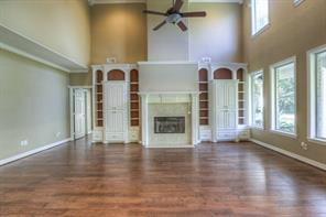 High ceilings and 2nd story windows afford the extra light of the day to come in.