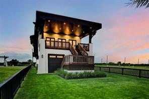 408 Seagrass, Gilchrist TX 77617