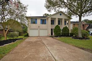 Houston Home at 601 Tanglewood Drive Friendswood                           , TX                           , 77546 For Sale