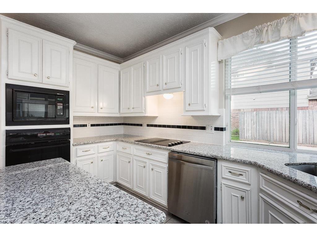 501 Windsor Drive, Friendswood, TX, 77546   Greenwood King Properties