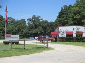 1100 Magnolia, Conroe, TX 77304
