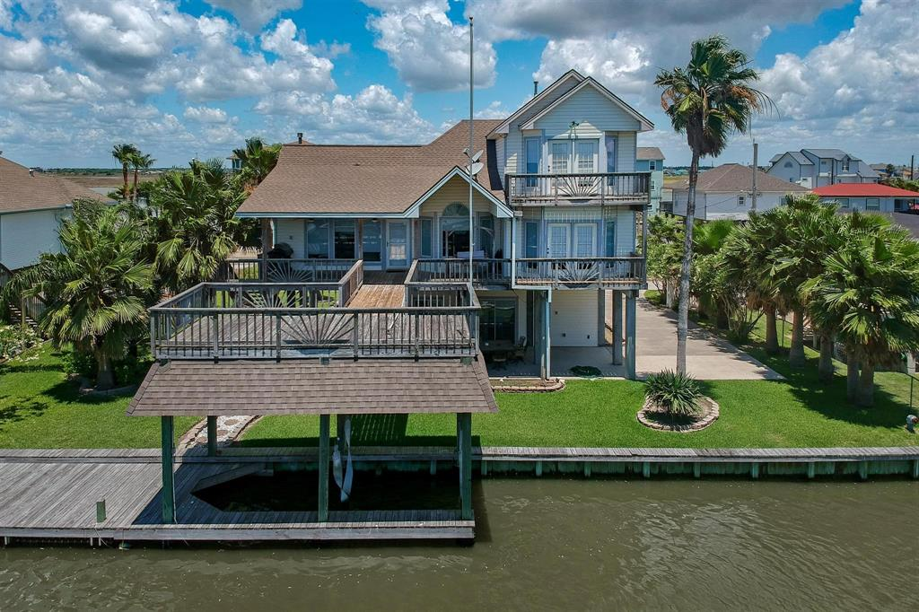 45 Dolphin Street, Bayou Vista, TX 77563