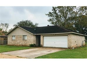 539 tall timber drive, west columbia, TX 77486