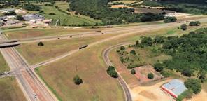 143 n hill street, buffalo, TX 75831
