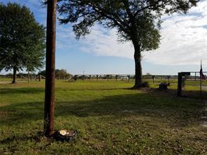 527 Wood Farm, Huntsville TX 77320