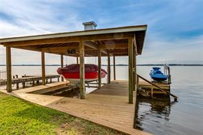Like new dock and roof covering which is hard to find these days on lakefront properties.