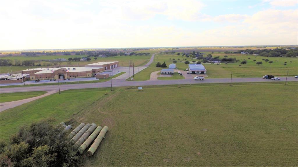 000 West Loop, El Campo, TX 77437