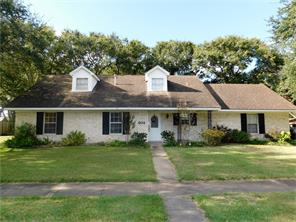 402 Town and Country, El Campo, TX, 77437