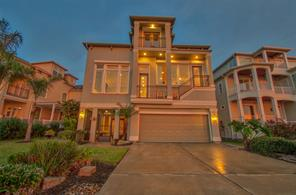 211 W Shore Dr Drive, Clear Lake Shores, TX 77565