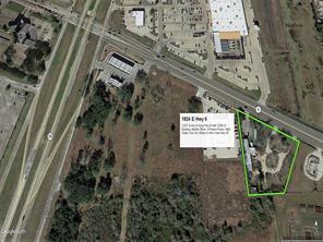 1824 e highway 6, alvin, TX 77511