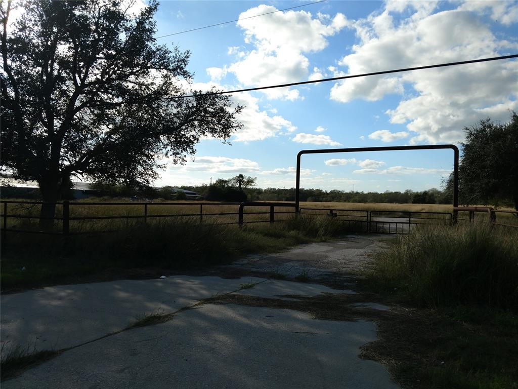 2769 Highway 59, Beeville, TX 78102
