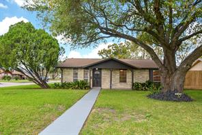 4903 denoron drive, houston, TX 77048