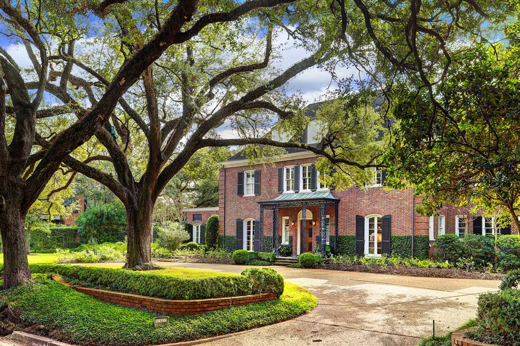 """[Front Elevation]The residence at 1323 North Boulevard, known as the Pincoffs House, was designed by Birdsall Briscoe who also effected later renovations. The architectural historian Stephen Fox, in the AIA Houston Architectural Guide Third Edition, refers to the house as being of """"17th Century French manorial derivation."""""""