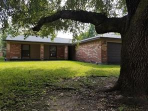 808 noreda street, angleton, TX 77515