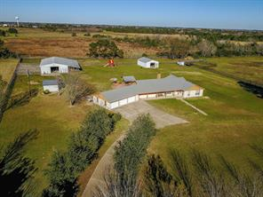 35664 pineridge road, waller, TX 77484