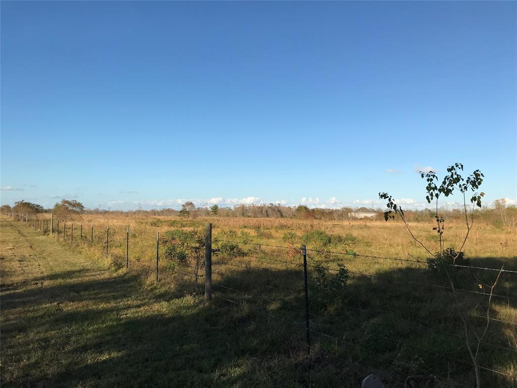 3713 Fig Orchard Orchard, Highlands, TX 77562