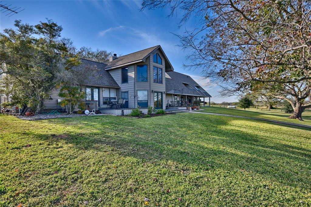 1139 Industry Road, Industry, TX 78944