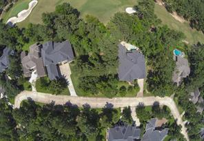 This beautiful golf course home site is in a great location just as #7 green turns to meet the #8 tee box.  You have a great view of the green and sand traps.