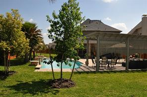 13204 Stoneleigh Terrace Drive, Houston, TX 77077