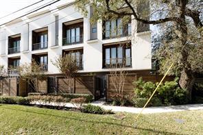 1545 Birdsall Street C, Houston, TX 77007