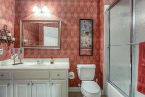 This is the hall bath so as you can see, this home has 3 full bathrooms!