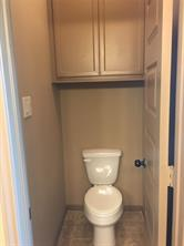 MasterBed  Water Closet
