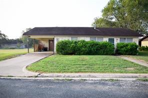 108 simpson street, schulenburg, TX 78956