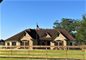 1351 lakeland circle drive, rosharon, TX 77583