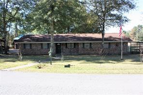 211 w cypress bend street w, village mills, TX 77663