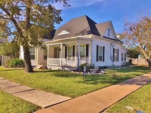 201 anderson street, schulenburg, TX 78956