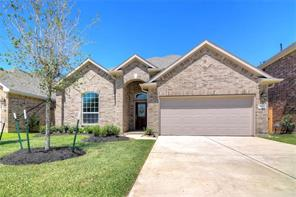 68 Hallmark Drive, Panorama Village, TX 77304