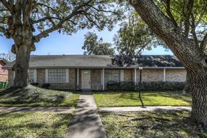9802 rambling trail, houston, TX 77089