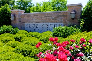 Club Creek Estates is a small section of estate homes located along the 9th fairway of the Weiskopf course, one of 36 holes of golf at Bentwater Country Club.