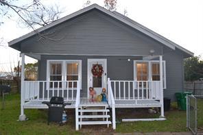 601 cedar street #b, cleveland, TX 77328